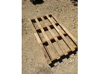 £2.00 each Pallets / Wood / Timber
