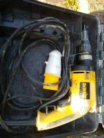 dewalt scewdriver 110v