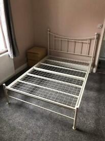 Double bed frame, like new - Free Delivery