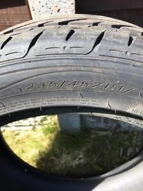 Tyre 235/45ZR17