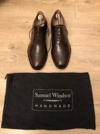New unworn & bagged Samuel Windsor handmade leather shoes in