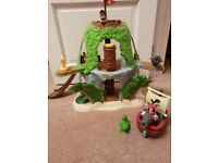 Disney Jake and the Neverland Pirates Tiki hideout Captain Hook, ship and puzzles