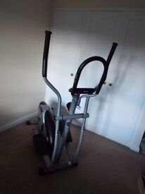 Roger Black Siver Cross, Cross Trainer. Hardly used.