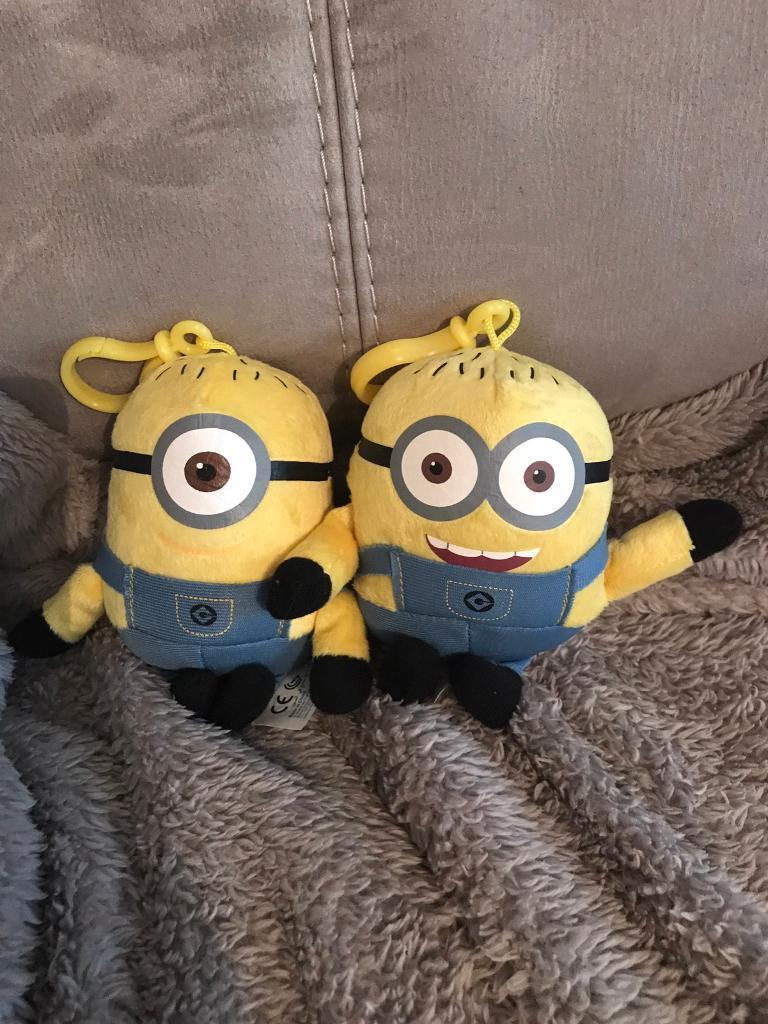 Two despicable me toy key rings