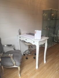 Nail Desk to Rent - Rayleigh