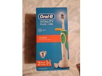 (BRAND NEW) ELECTRIC TOOTHBRUSH
