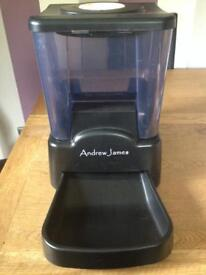 90 DAY AUTOMATIC PET FEEDER - DOGS CATS RABBITS FULLY PROGRAMMABLE