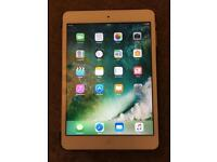 Apple iPad mini 2 mint perfect condition