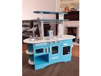 ELC Play Kitchen, like new, with bundle of quality kitchen and play shop accessories
