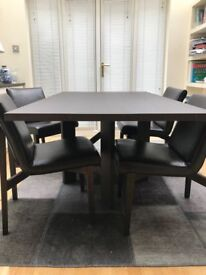 Natuzzi Italia Dining Table with 6 Leather Chairs