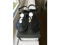 Hobbs, 3 Disc Silver, Black Leather Thong Sandals