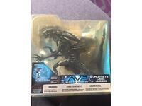 Alien vs Predator Alien Queen with base figure