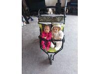 Toy twin pram/pushchair