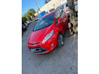 BREAKING 2010 Ford Fiesta 1.4tdci titanium 3dr in red