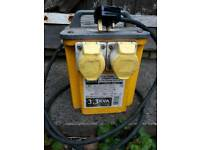 Current Transformer from 240v in 110v