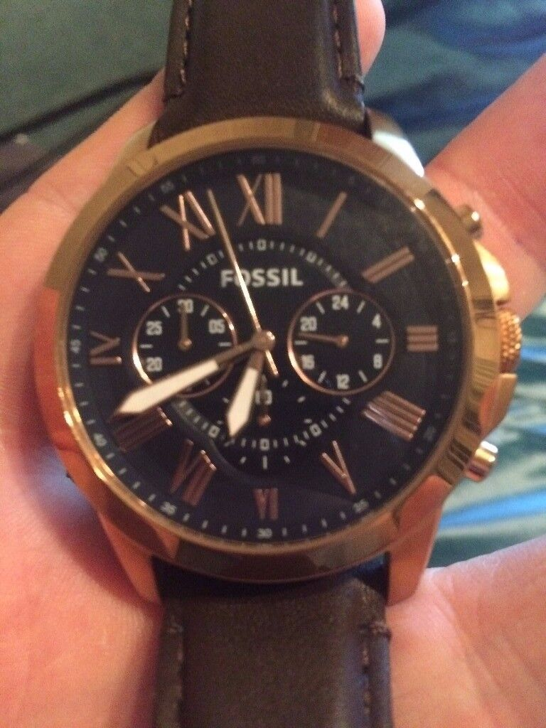 Mens Fossil Watch (Brown leather strap with gold edges and dark blue face)