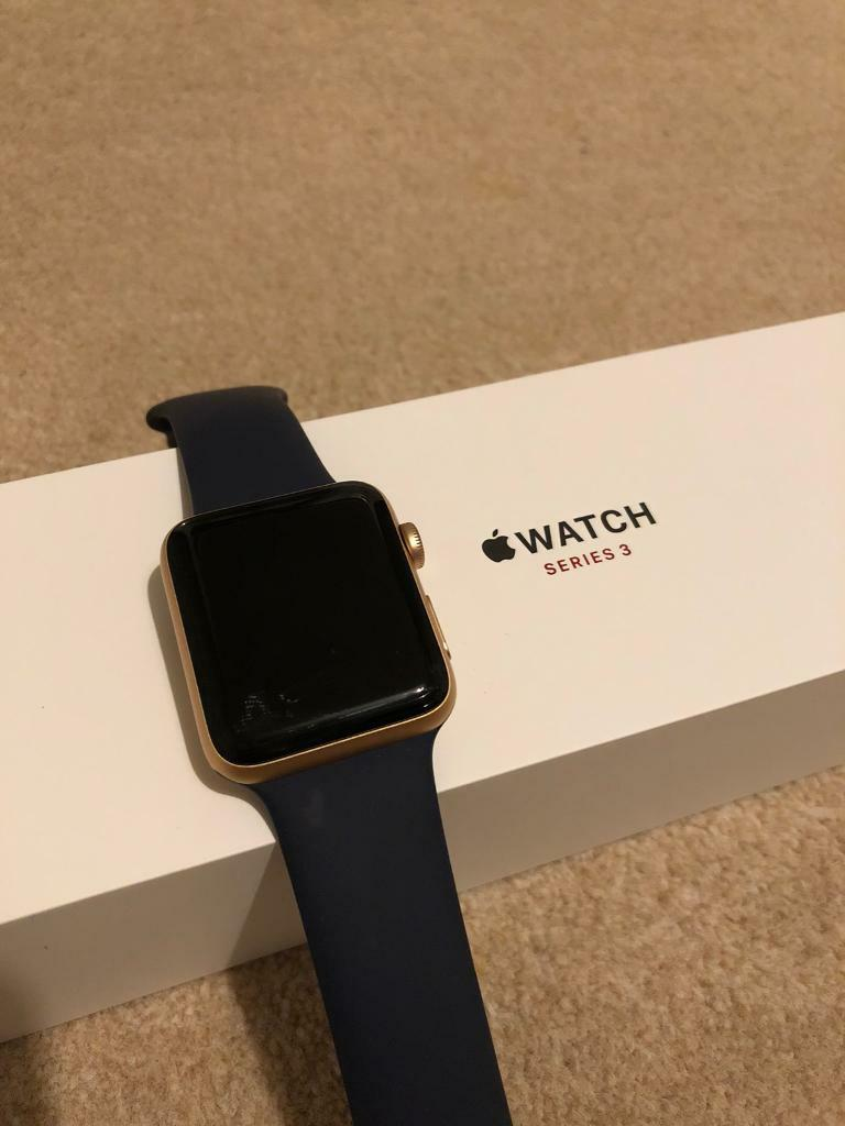 Apple Watch Series 3 42mm Cellular Gold Aluminium Case 2 With Midnight Blue Sport Band Strap