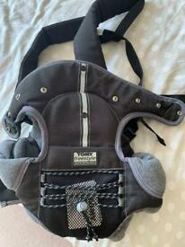 Baby carrier (Tomy)