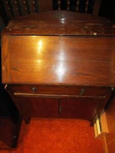 Old Mail Desk
