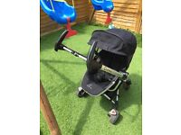 Quinny zapp extra2 complete travel system imported from America has 4 wheels!