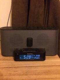 Sony Dream Machine - Radio Alarm / Ipod Speakers