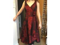 GORGEOUS DEBUT PROM/COCTAIL DRESS - SIZE 6