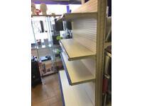 Portable metal shelfing