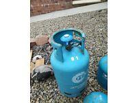 Gas bottle with regulator