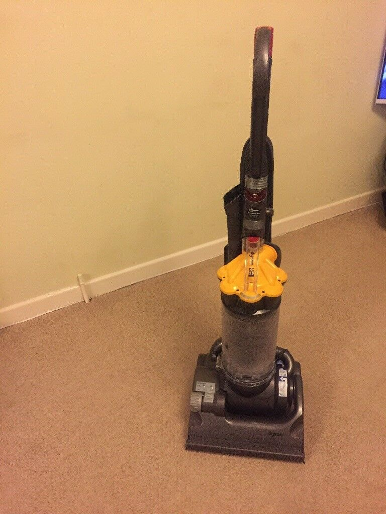 Dyson Dc 33 Vacuum Cleaner In Swindon Wiltshire Gumtree