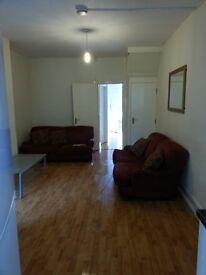 5 bed student house, Sheffield, Sharrow, Collegiate Crescent Campus, Hallam.