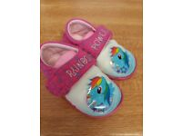 toddler slippers size 4/5