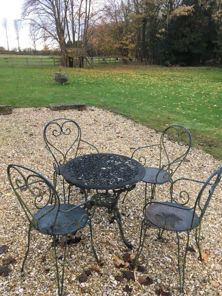 Cast patio table and chairs york