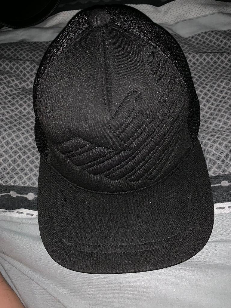 a788b77ed1a Armani baseball cap one size fits S M L