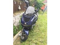 2 moped, both 2 stroke. Spares or repairs