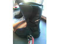 New Alpinestars Leather/Goretex Motorcycle Boots, size 7 or 8