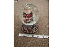 Muscial Christmas Snow globe - ex condition