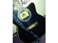 Semi acoustic guitar, good condition, comes with carry bag and accessories