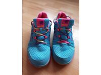 Karrimor size 5 trainers