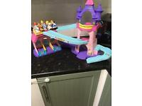 Little people stable toy