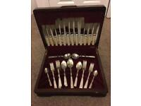 Cutlery set box