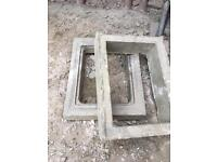 1 concrete man hole / drainage covers