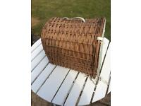 Wicker Travel basket / cat or small dog