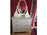 Chest of drawers (mirror attached)