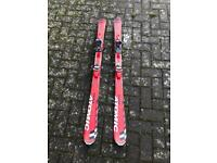 Child skis