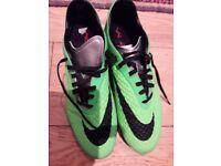 Football boots nike hypervenon