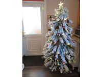 Luxury Xmas tree 7ft with LED LIGHT - Brand New