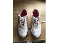 Ladies Adidas white/pink Size 7 trainers. Only worn twice. Look new.