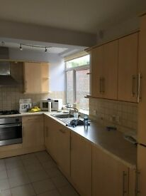 2 bedroom flat to rent in Finchley