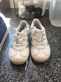 adidas girl trainers size 7