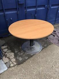 9 x high quality solid round tables on a super clearance & reduced again just £20
